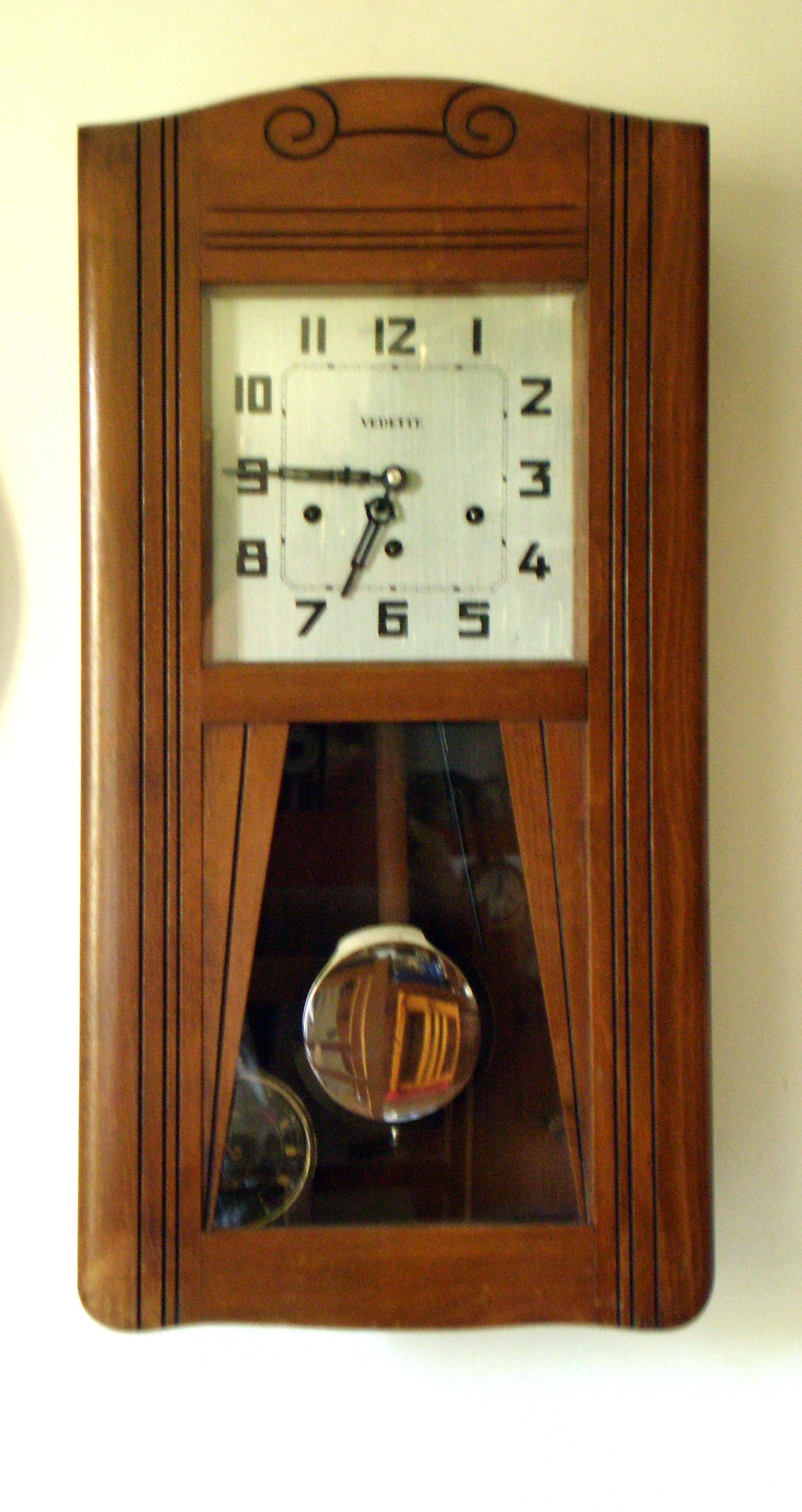 carillon toulbroc. Black Bedroom Furniture Sets. Home Design Ideas